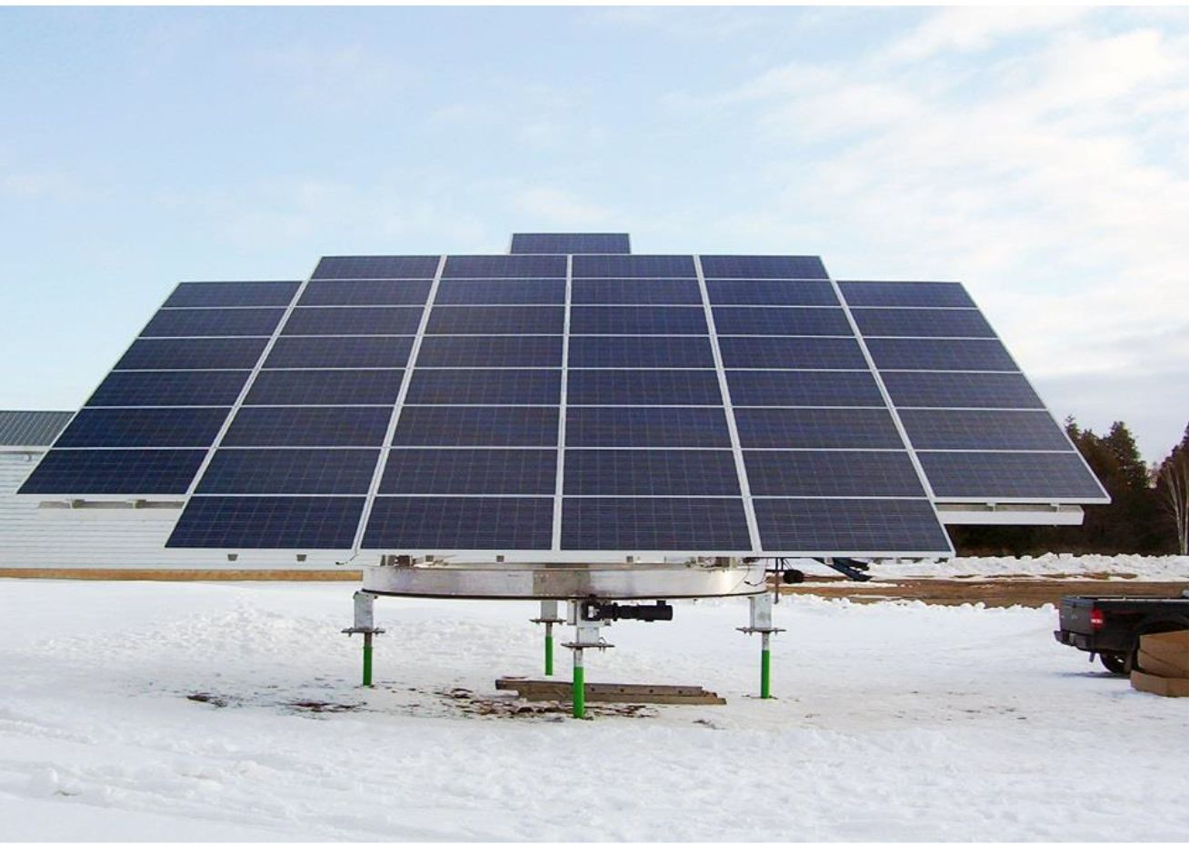 Flashback Friday Check Out This Solar Project That We Did In Alliston On The Project Size Was A 10kw System That Included T Solar Pv Solar Solar Pv Systems