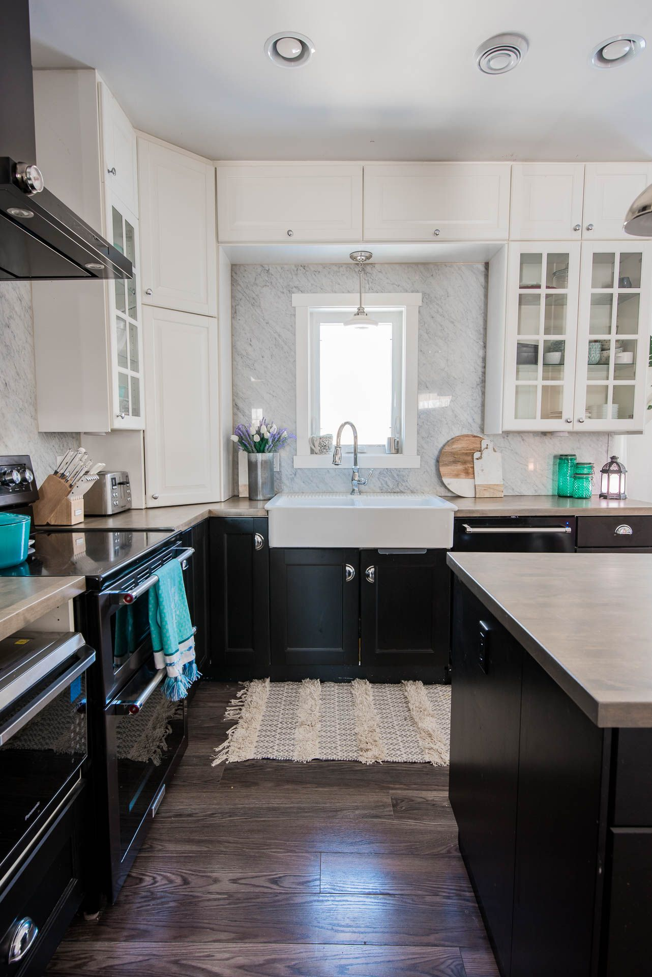 2019 Spring Home Tour Romantic French Country With A Modern Twist The Diy Mommy Kitchen Cabinets With Black Appliances Kitchen Remodel Black Kitchen Cabinets