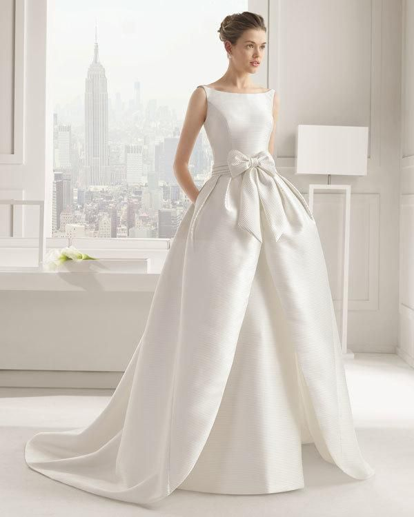 Wedding Dresses With Bows Weddbook