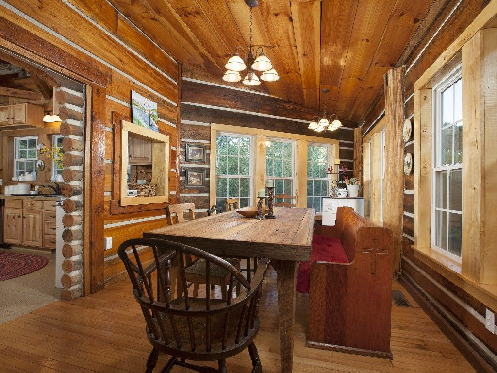 North Carolina Cabin / Private Rustic Ski Lodge