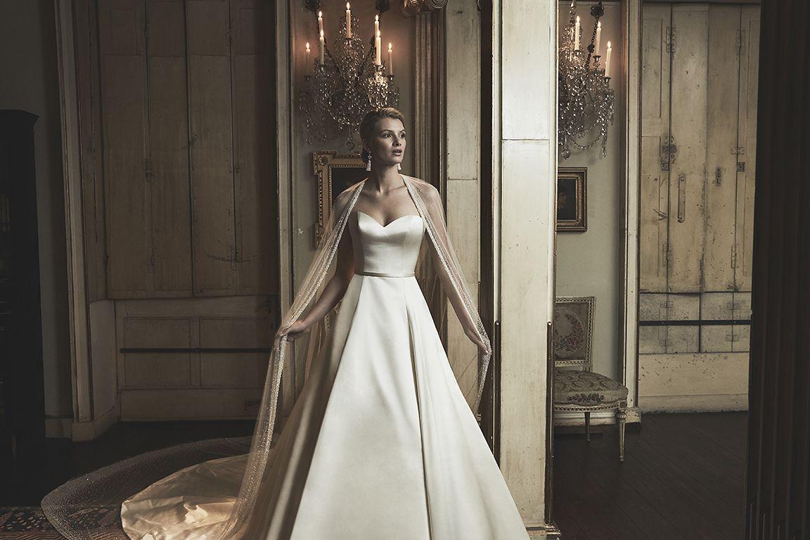 Vestido de novia elegante de Phillipa Lepley.