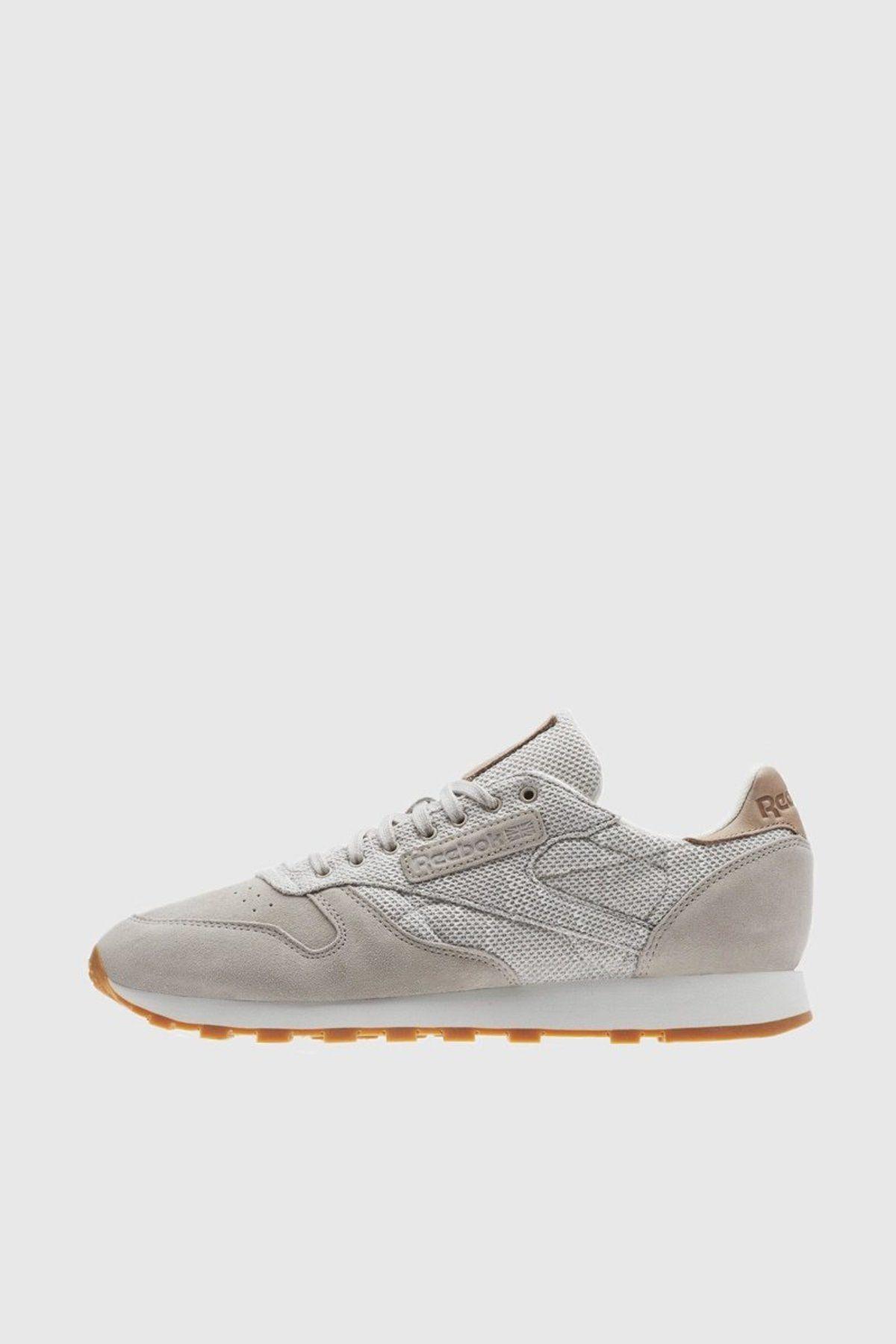 e09299ab3055f Reebok Classic Leather EBK Sneakers - Sandstone   Chalk   Gum