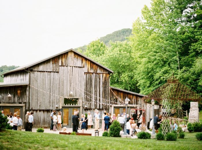 Barn Wedding at Chestnut Springs Tennessee (With images ...