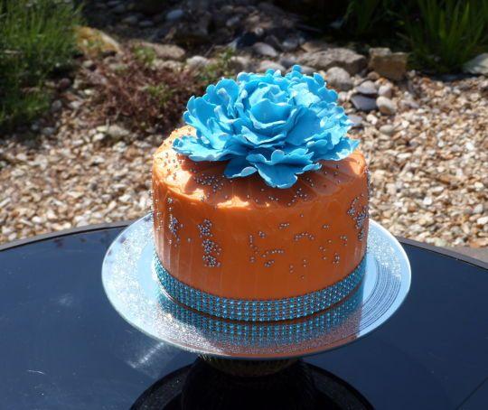 Turquoise Peony Topped Cake