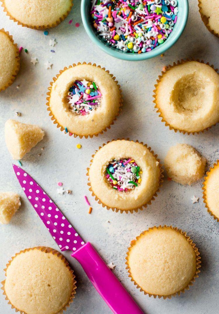 Photo of einfache backrezepte fasching pinata muffins backen #fasching #carnival #party -…