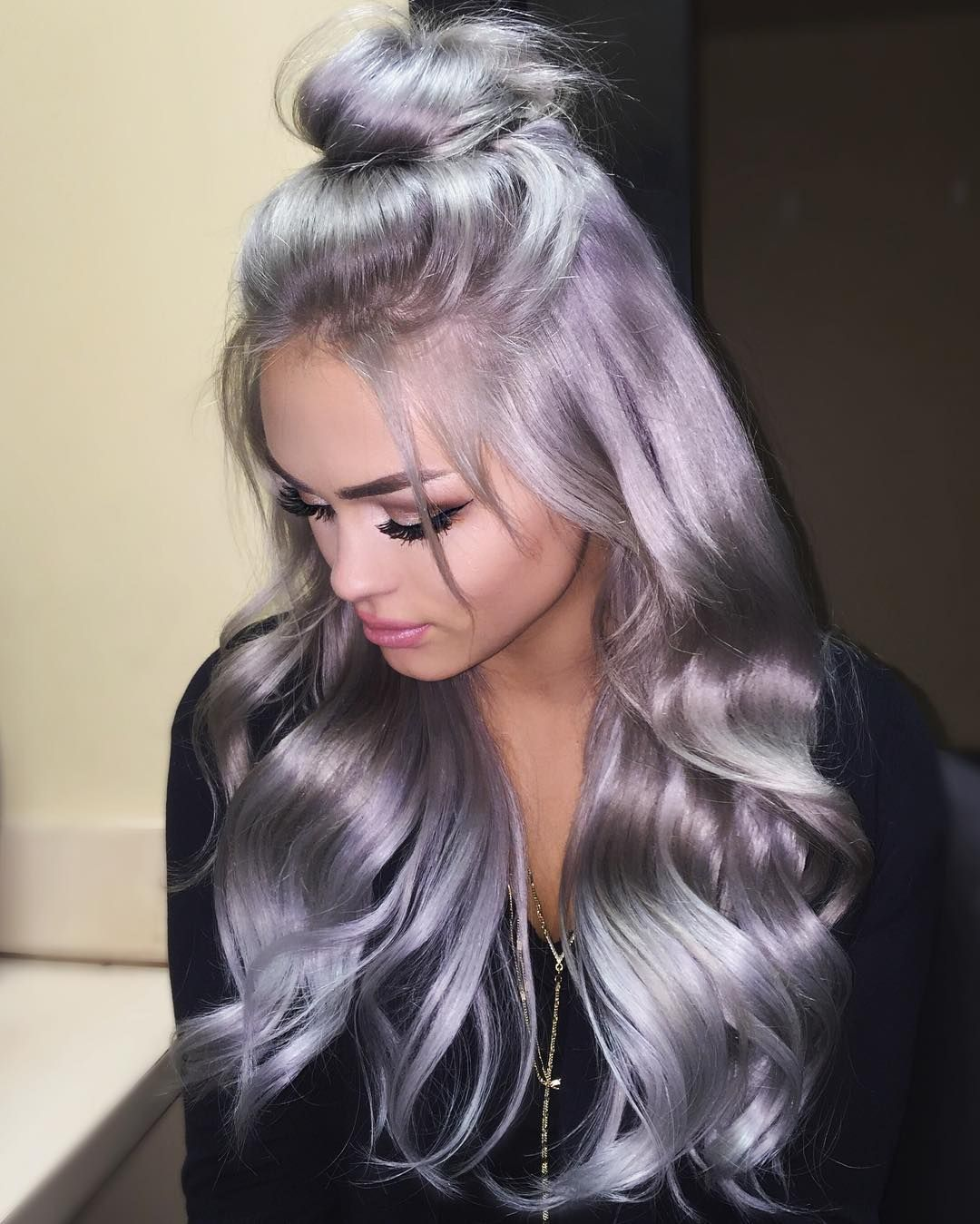Glamoxury  Glamoxury Xx  Follow Me For More Posts Like This - Silver hair styles