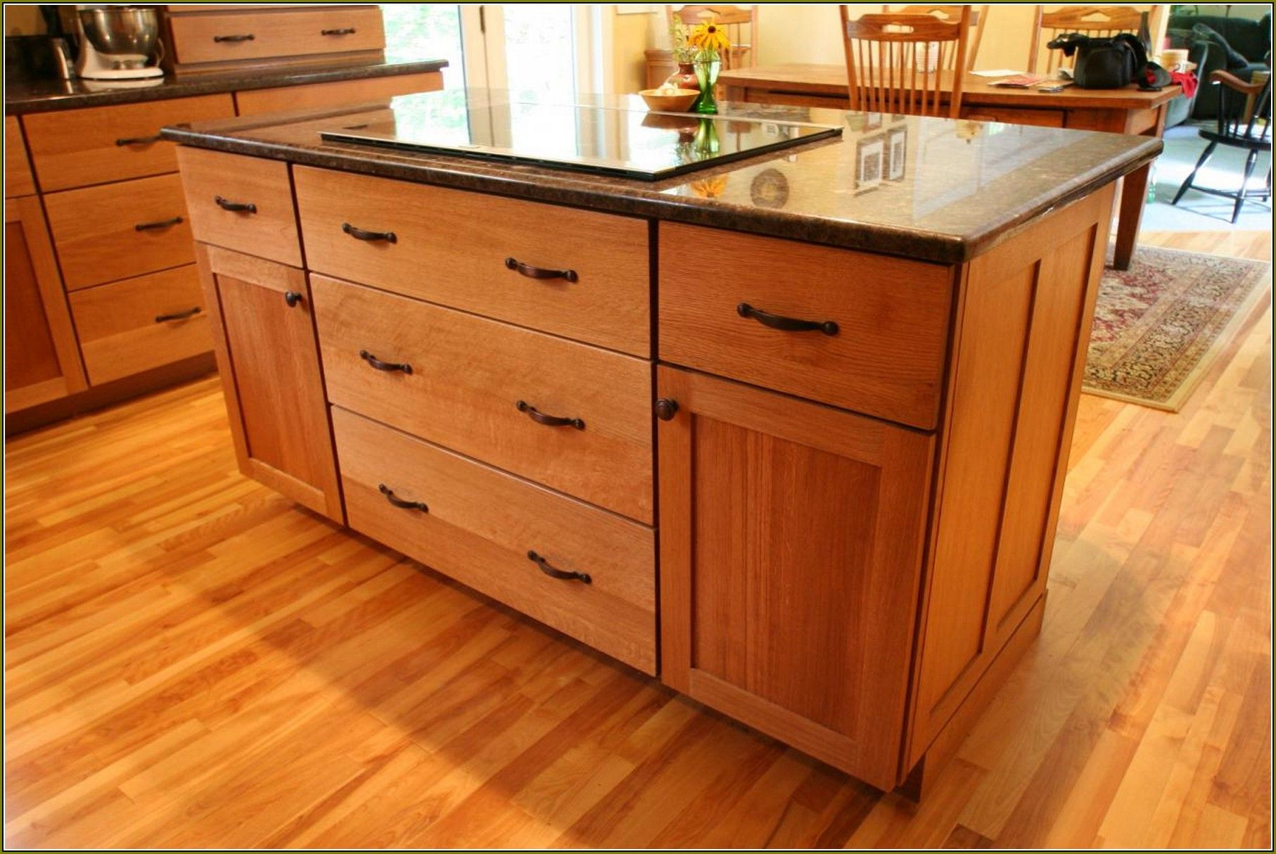 Honey Oak Cabinets What Color Granite   Kitchen decor ...