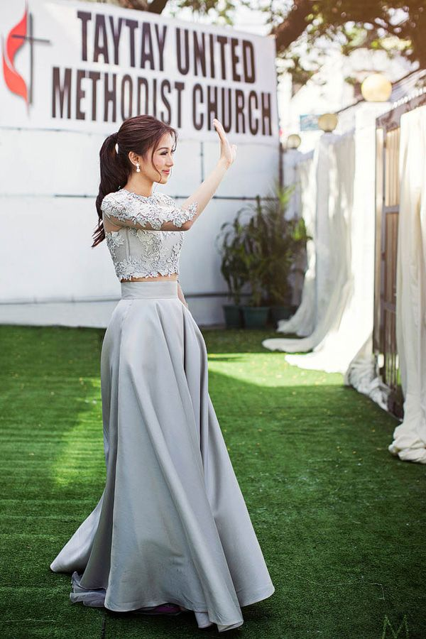 Celebrity Wedding Toni Gonzaga And Paul Soriano Wedding Ceremony Photos Two Piece Wedding Dress Top Wedding Dresses Wedding Entourage Dress