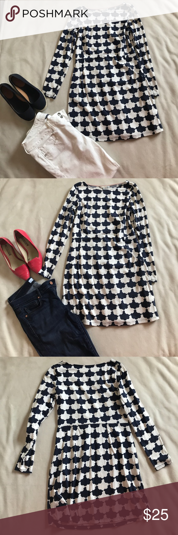 Boden cotton blend tunic. Super cute light weight tunic that can be worn alone as a dress or with jeans. Length is 31 inches long. Navy and white Boden Dresses Mini