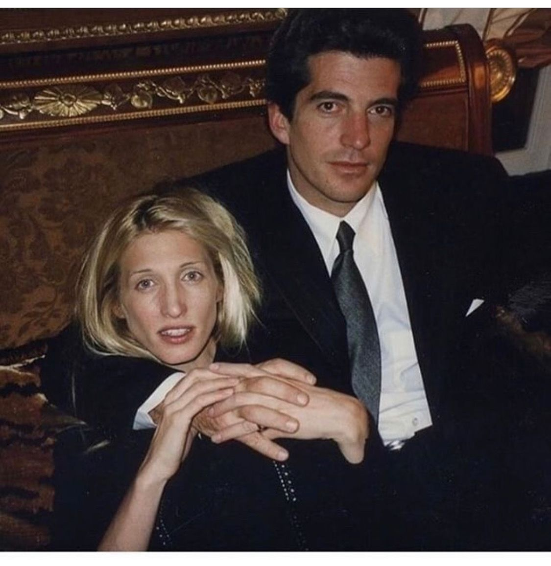 Pin by Kanako Shimada on Style Icons | Carolyn bessette kennedy ...
