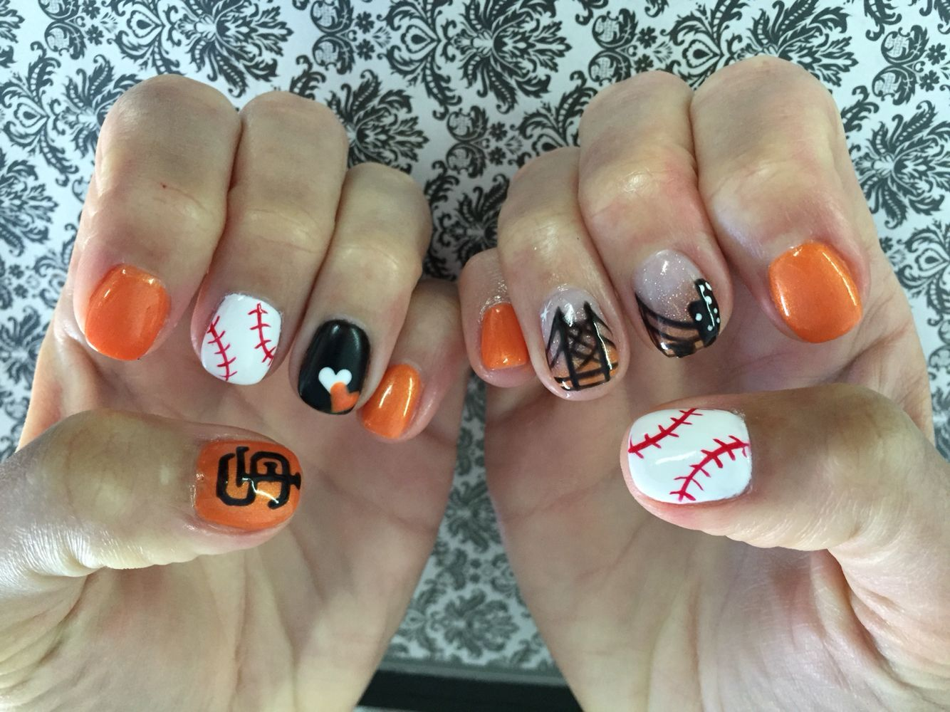 San Francisco Giants Baseball Nails by Vi at Tootsie Toes on Polk in ...
