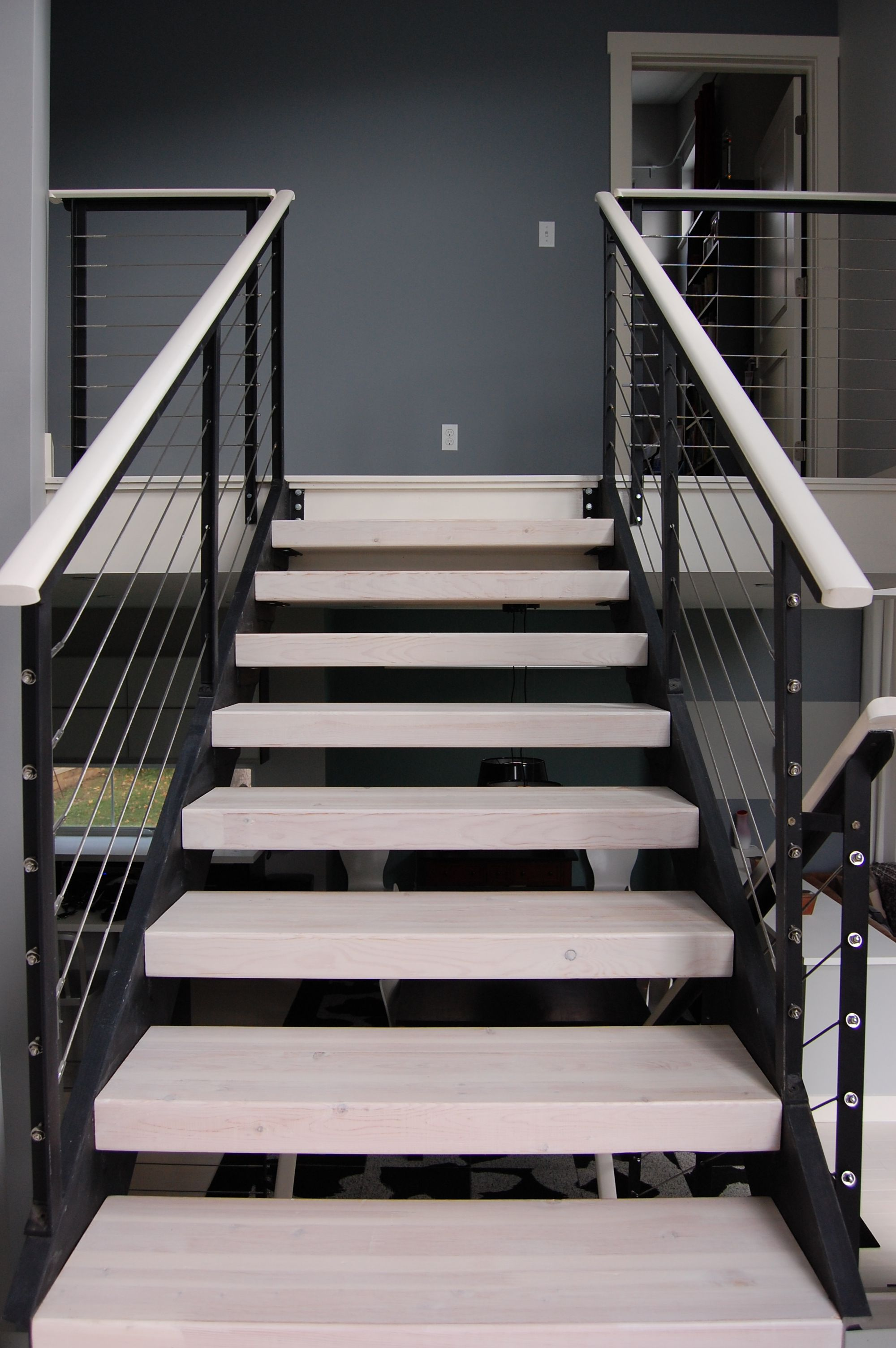 I Love This Modern Look With The Black Aluminum Posts And The IPE Wood  Handrail Painted