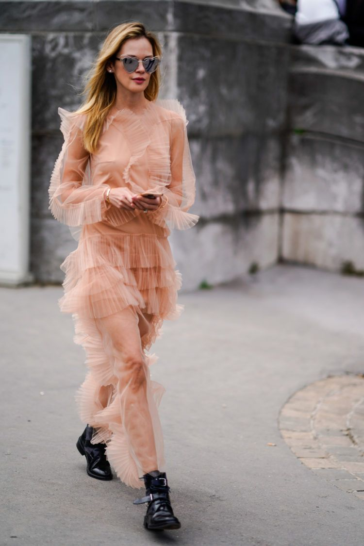 d1f5686f68fa Paris Fashion Week Spring Summer 2018  The best street style looks I ...