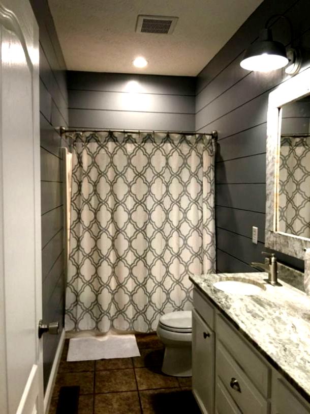 Small bathroom ideas on a budget (40),  #Bathroom #budget #homedecoronabudgetbathroomshowertiles #ideas #Small