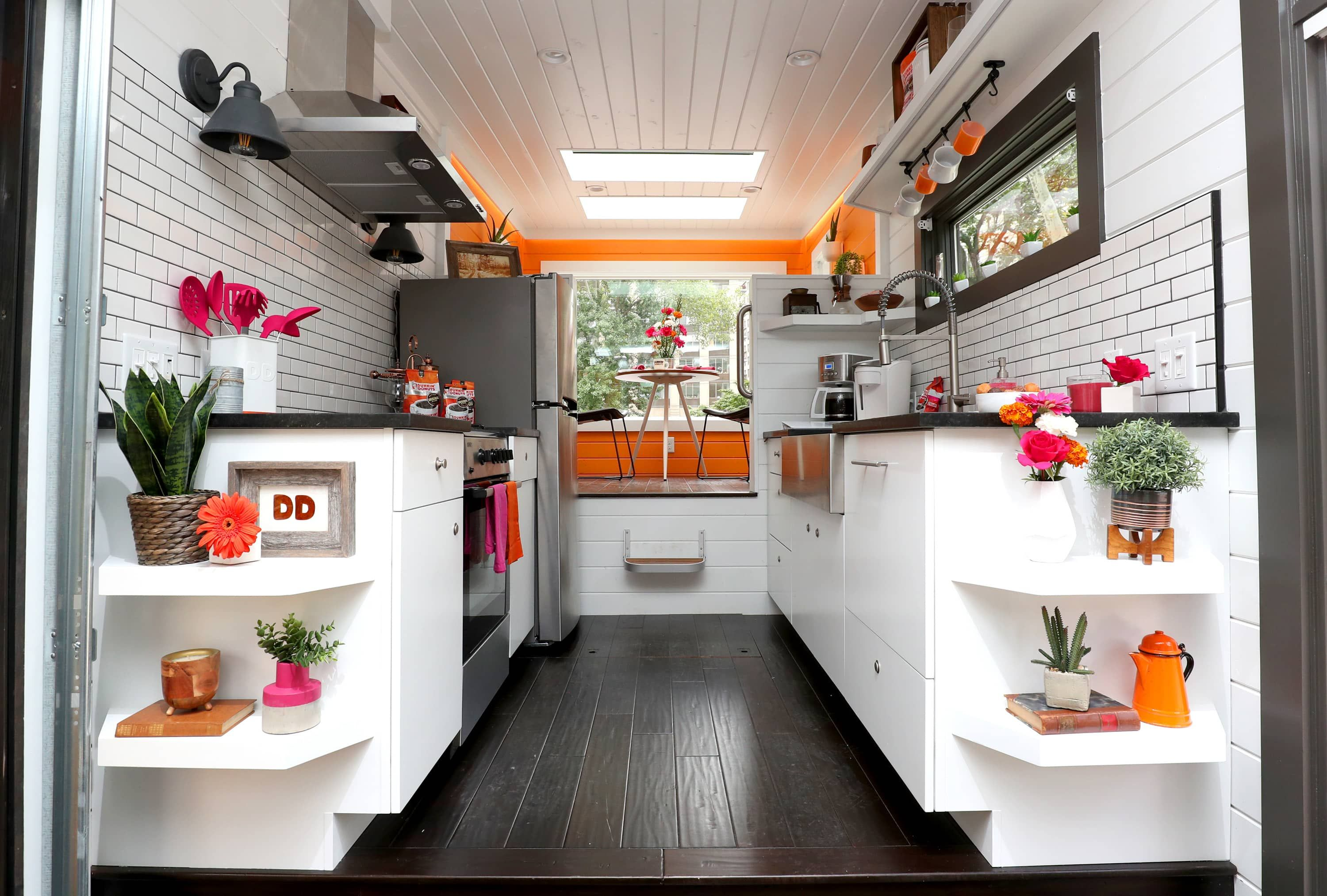 That 275 Square Foot Dunkin Tiny House Is For Rent On