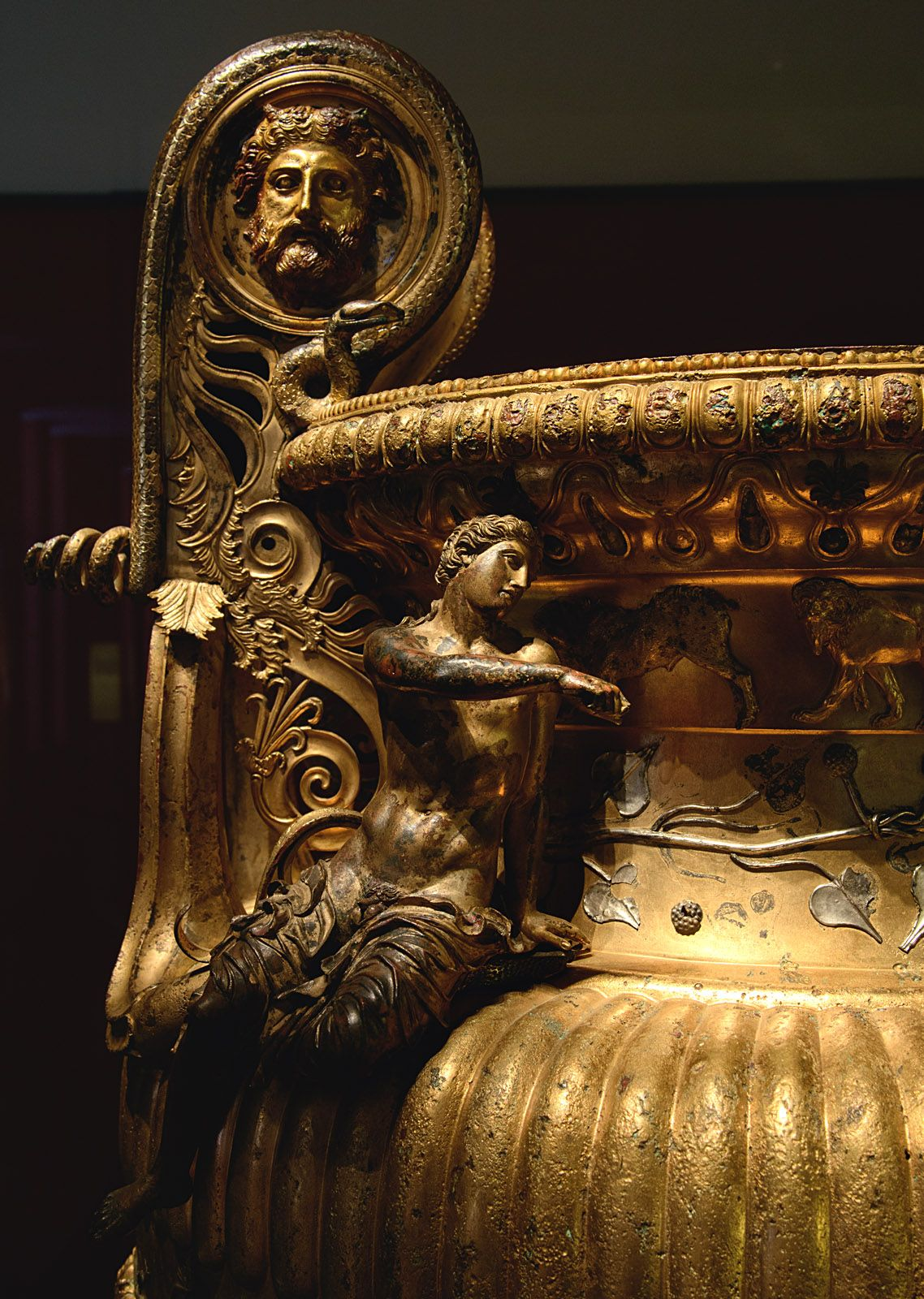 Dionysus. Close up of The Derveni krater. Bronze. 330—320 BCE. Inv. No. B1. Thessaloniki, Archaeological Museum. (Photo by I. Sh.).