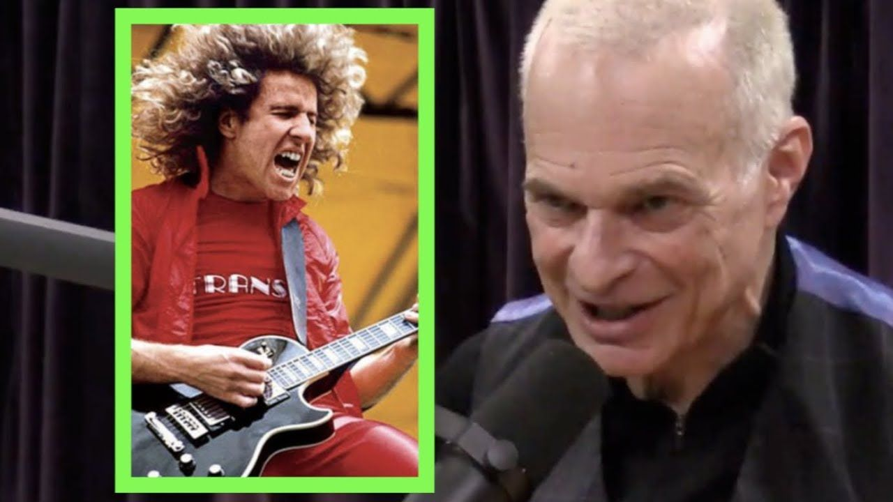 David Lee Roth Why Van Halen Is Different With Sammy Hagar Joe Rogan Joe Rogan David Lee Van Halen