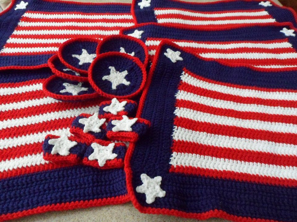 Red White & Blue crochet place settings I made for my boyfriends ...