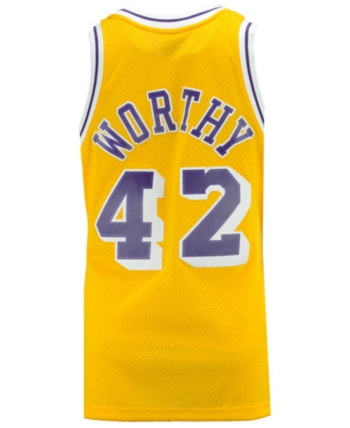 050aac4678b Mithcell   Ness Men s James Worthy Los Angeles Lakers Hardwood Classic  Swingman Jersey - Gold S