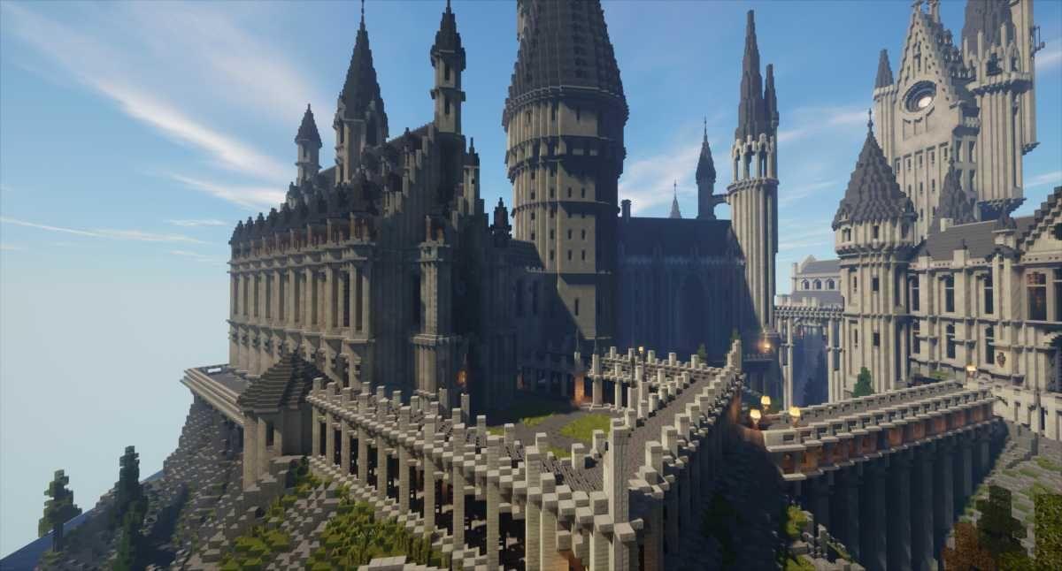 What It Was Like Going To Hogwarts In Minecraft Screenhub Entertainment Hogwarts Minecraft Hogwarts Harry Potter Minecraft