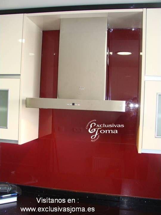 Nueva instalación de muebles de cocina en negro alto brillo modelo ...