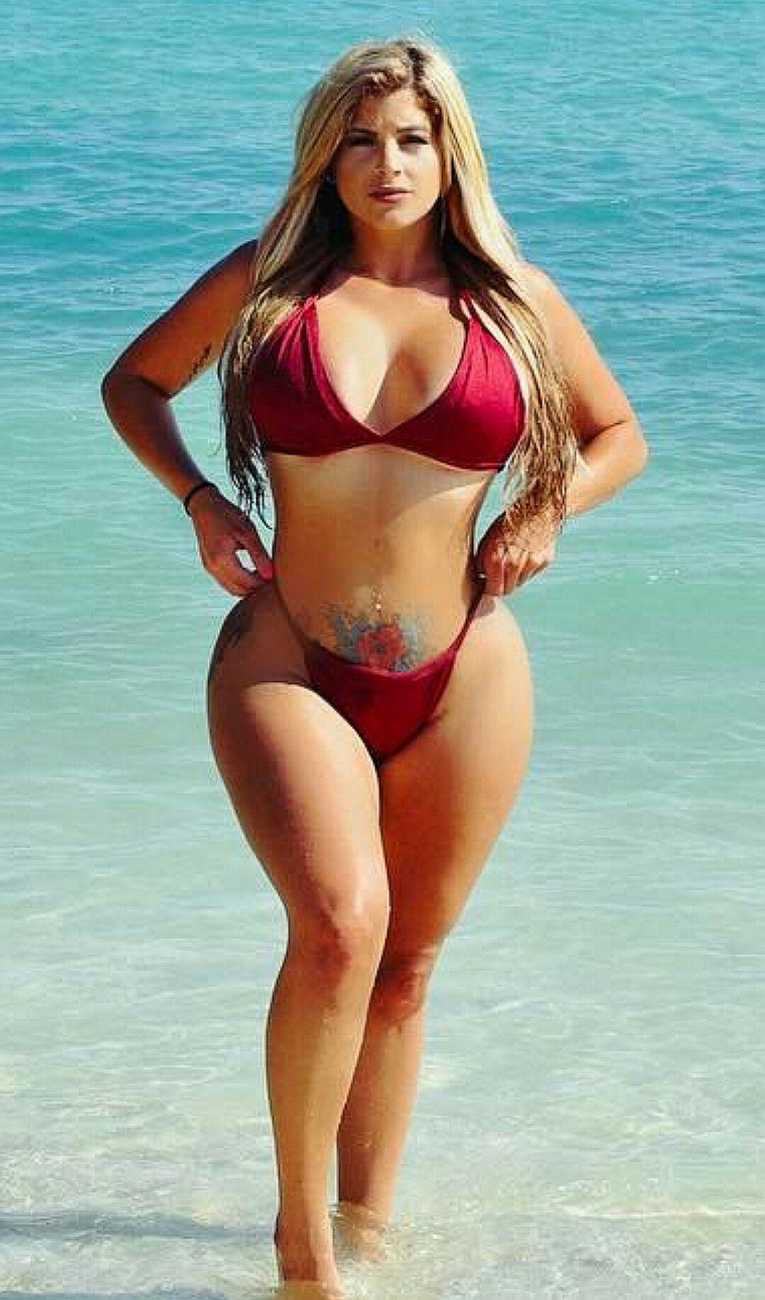 543007cdc785 Pin de Lucioperez en Belleza   Mujeres hermosas, Chicas en bikini y ...