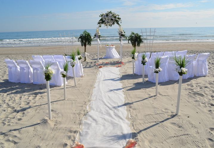 This Exciting Arbor Setting Is The Perfect Choice For Family Weddings On Beautiful North Myrtle