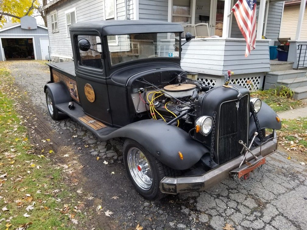 34 Ford on a S10 chasis with 350 chevy motor and transmission | 1934 ...