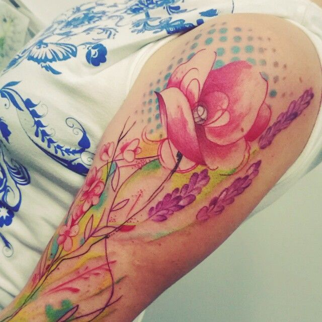Toulouse France Tattoo Tatouage Fleurs Flowers Grafik