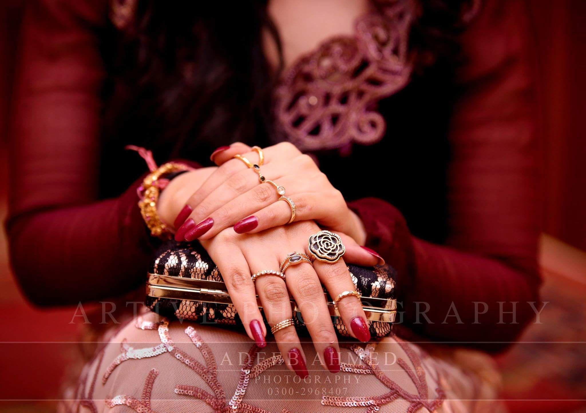 Artive studio Adeeb Ahmad photography | Simple and beautiful hands ...