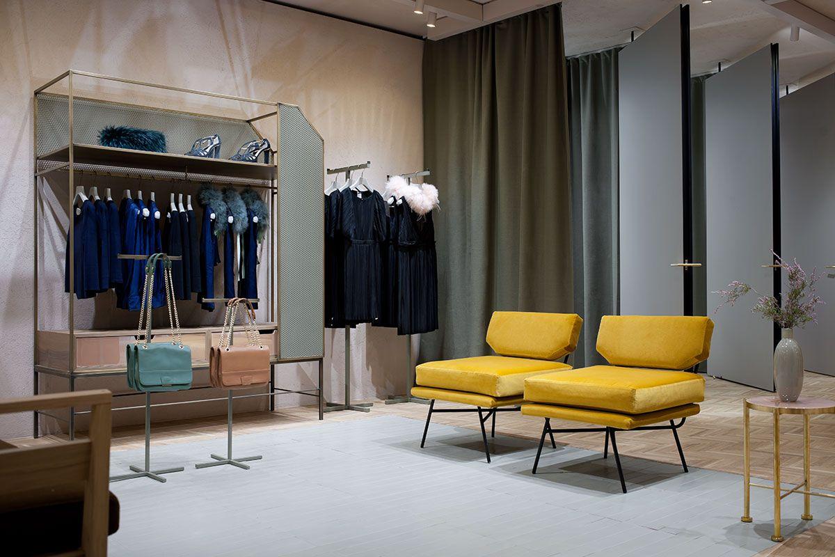 Interior project for max co showroom at corso vittorio for Store design milano