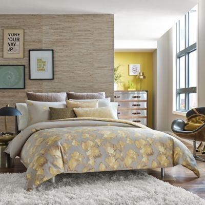 Kenneth Cole Reaction Home Falling Petals Comforter