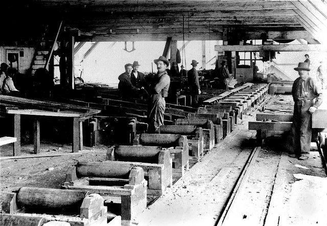 Inside Sawmill Sawmill Cottage Grove Oregon Lumber Mill