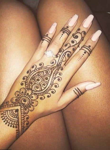 hennatattoo tattoo small tattoo art african girl tattoo tattoos rh pinterest ca Africa Tattoo Africa Tattoo