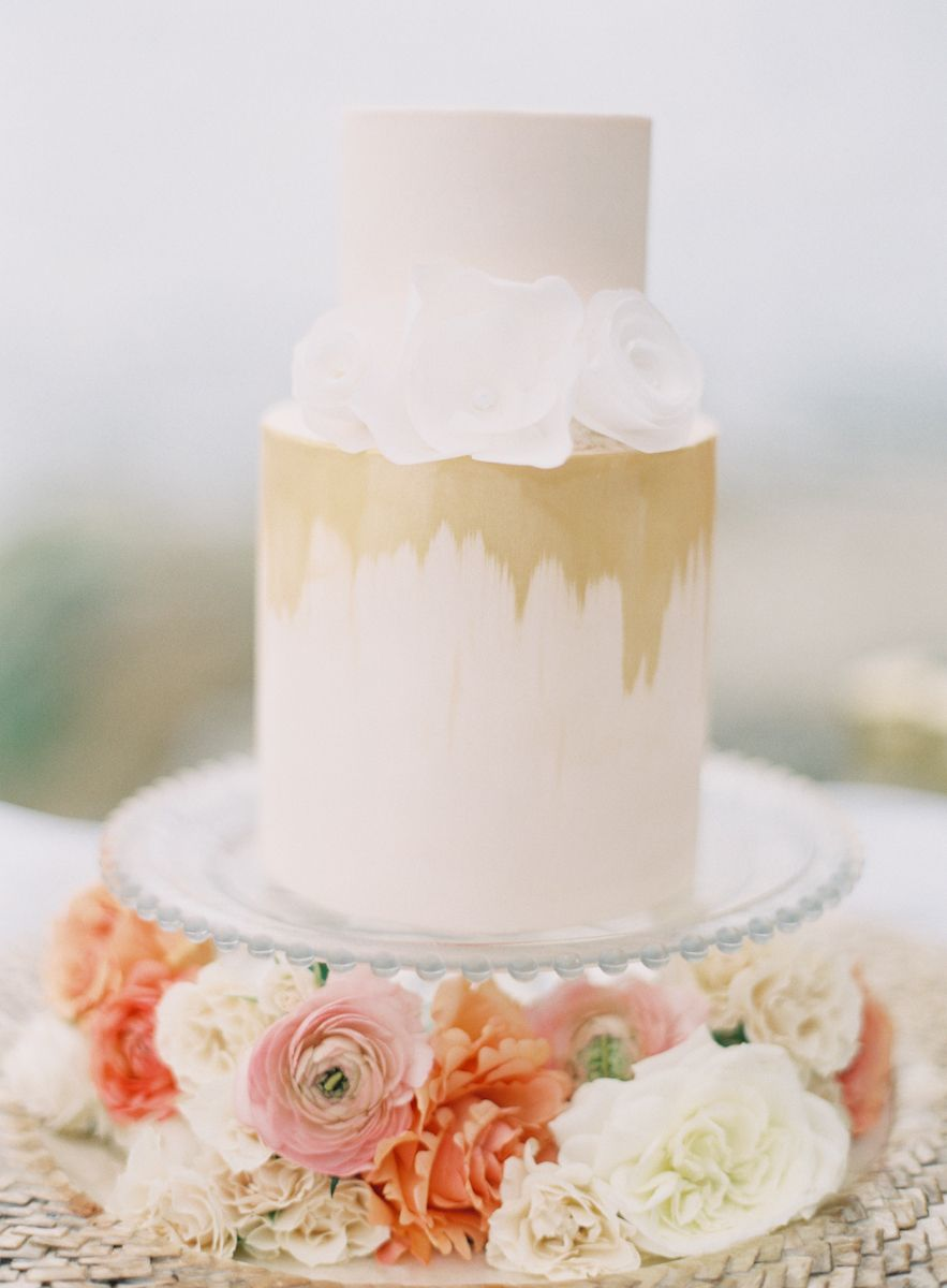 California beach wedding cakes by hey there cupcake photo by