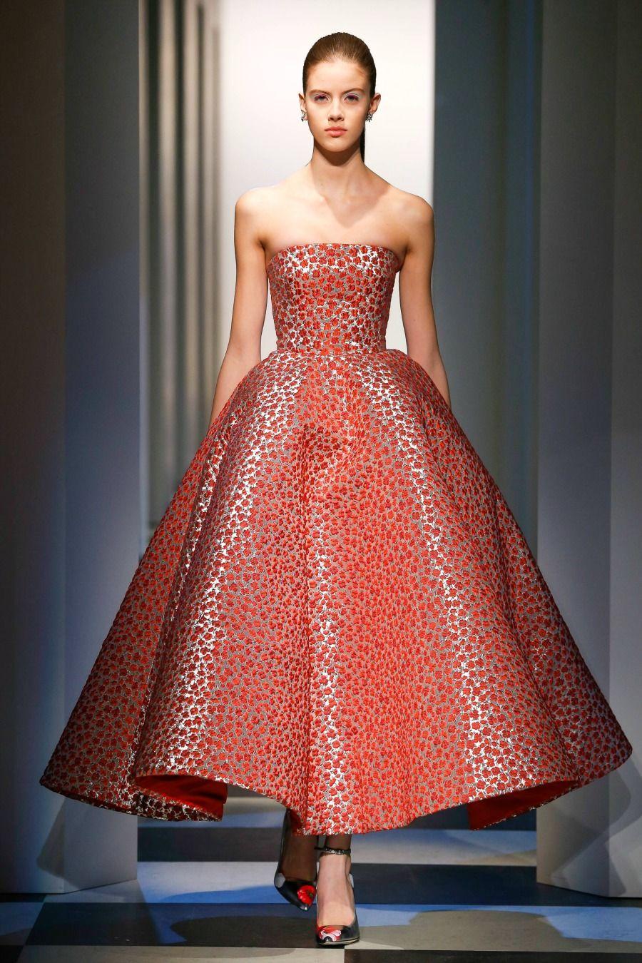 Oscar de la Renta Monse Debut at Fall 2017 Fashion Show | Oscar de ...