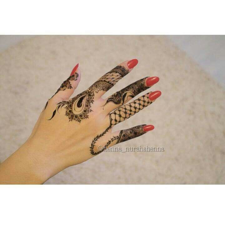 Nurahs Henna Finger Henna Mehndi Designs Henna Hand Tattoo