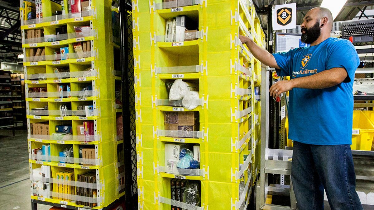 Amazon says they need to hire more than 2,500 fulltime