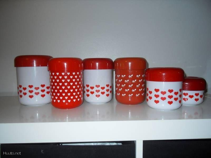 80 Hearts Collection - Osta & myy, huutokauppana tai heti - Huuto.net - Plastex retro sydänpurkit