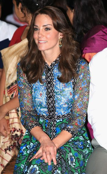 Kate Middleton New Haircut Stiehlt Den Scheinwerfer 2018 Pinterest