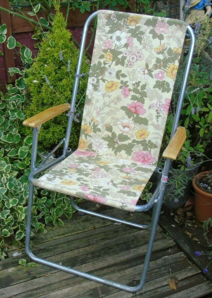 Superb Vintage Retro Floral Folding Garden Deck Chair Camping Ncnpc Chair Design For Home Ncnpcorg