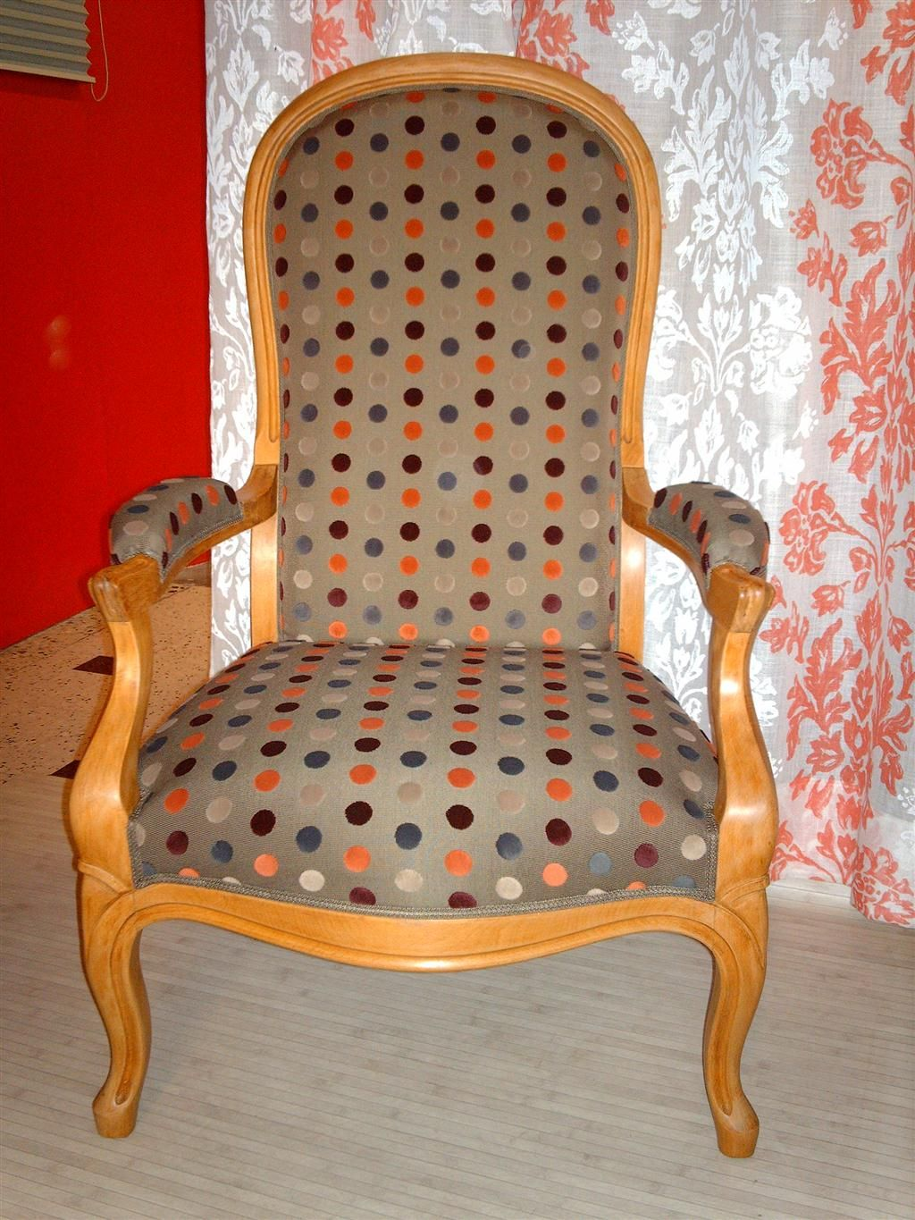 Pin by cathy m melchior on fauteuil voltaire fauteuil voltaire fauteuil mobilier de salon - Meuble voltaire ...