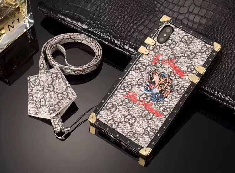 COVER GUCCI IPHONE X
