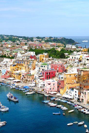 die 10 schönsten städte in italien  italien neapel vesuv