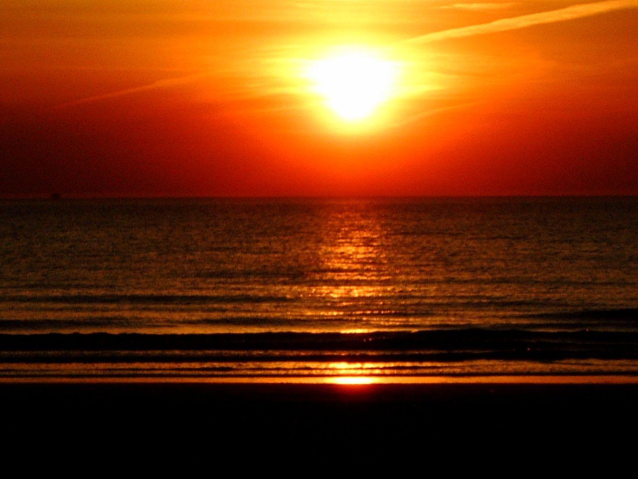 Pretty Beautiful Sunsets Seascapes Water Sea Beachscapes Beach Sunset Sunrise Dusk Dawn Sun Sunset Landscape Sunrise Sunset Seascape
