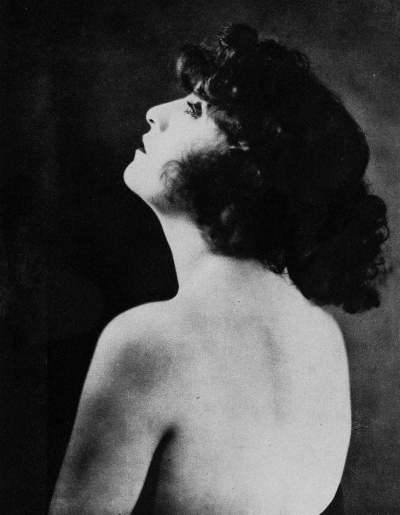 Doran Godwin,Peggy Mount Erotic tube Phyllis Frelich,Aida Mohammadkhani