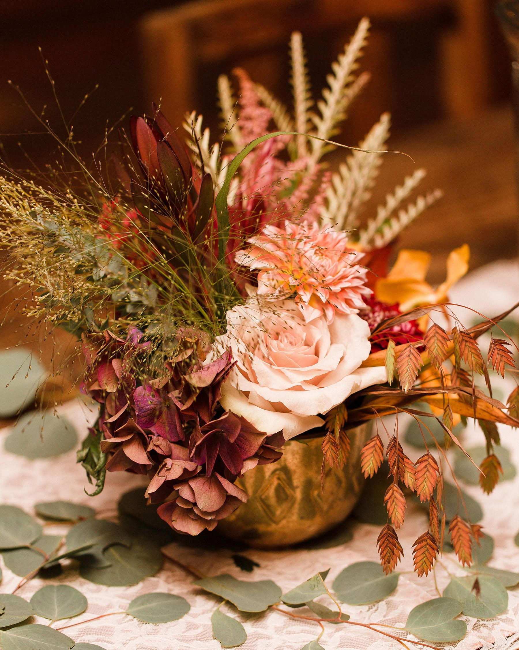 24 Dried Flower Arrangements That Are Perfect For A Fall Wedding Dried Flower Arrangements Dried Flower Bouquet Fall Flower Arrangements