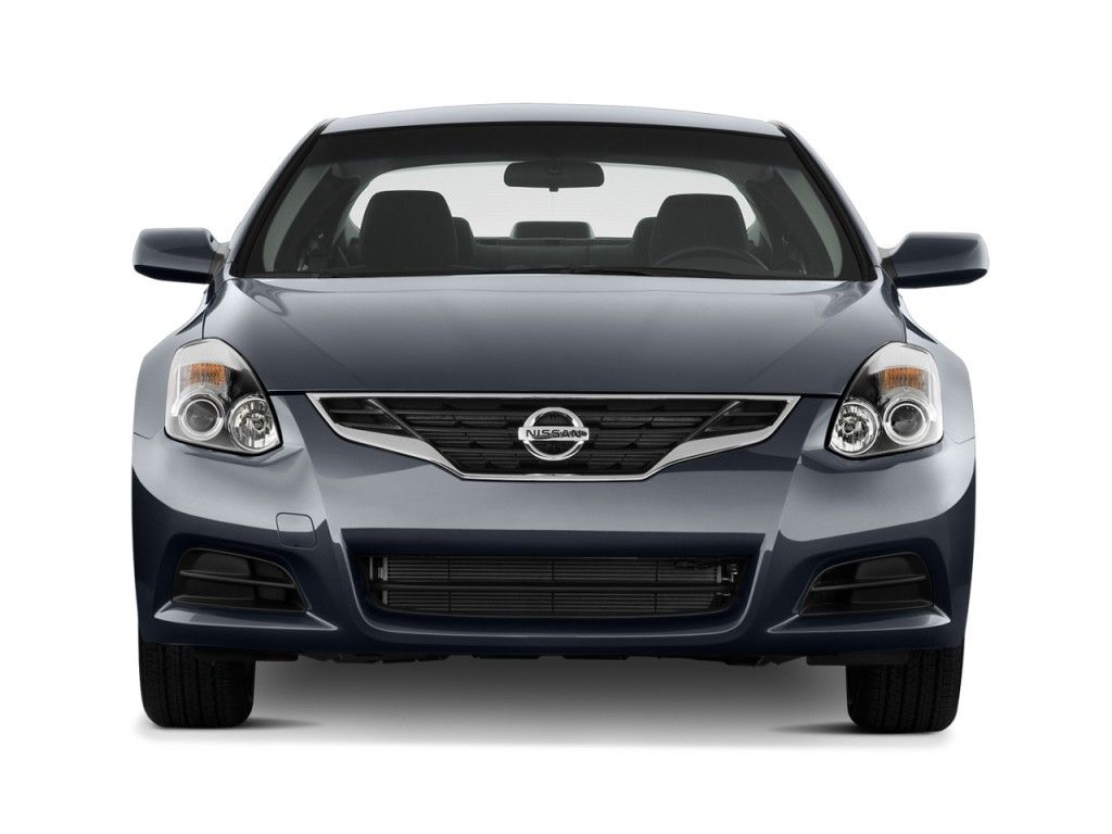 2013 Nissan Altima 2 Door Coupe Front Exterior View