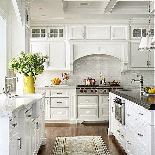 Hiring A Kitchen Designer: A Beautiful White Inspirational Kitchen For This Monday