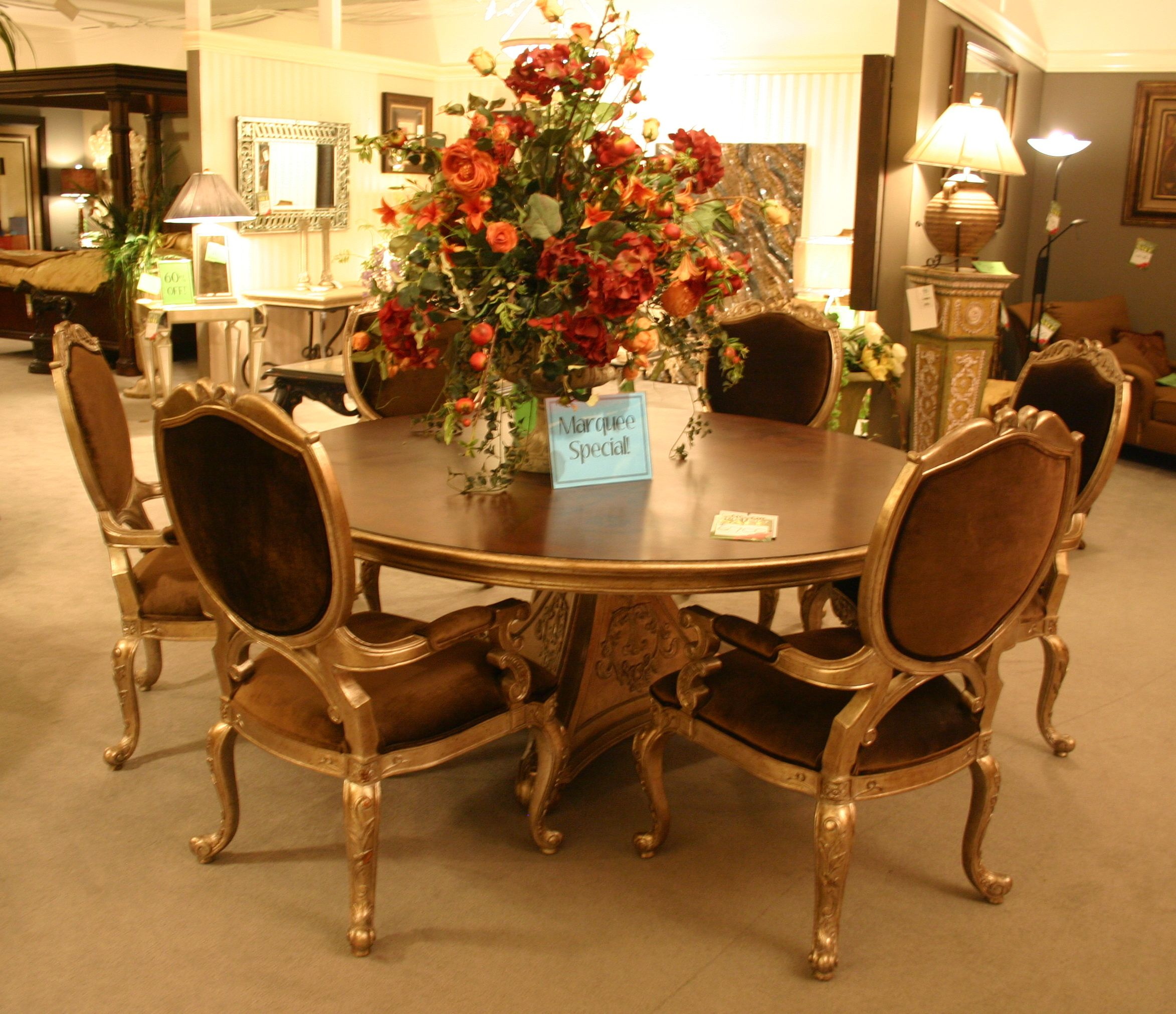 Ital Art Dining Table And Chairs
